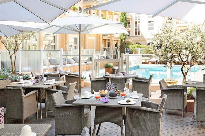 Grand Hotel Roi René, Provence (Midi de la France)