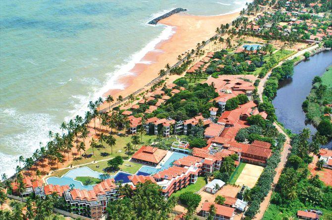 Club Hotel Dolphin, Sri Lanka