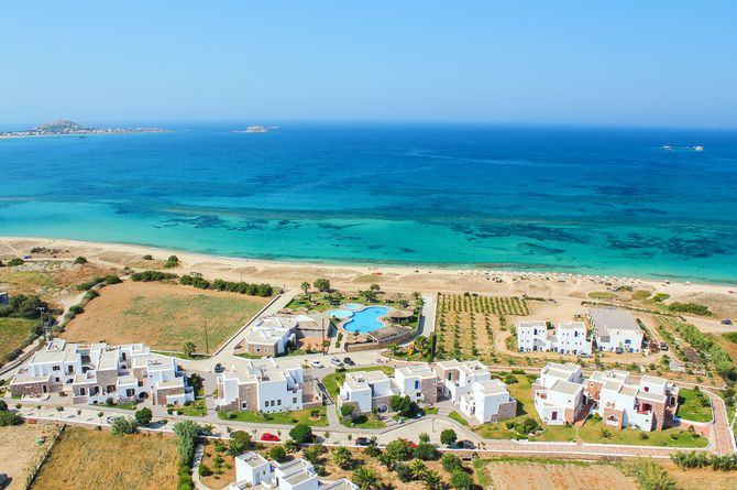 Plaza Beach, Naxos
