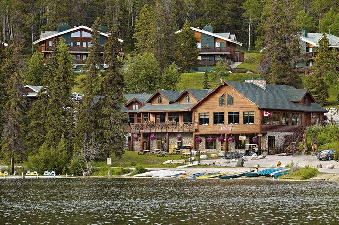 Pyramid Lake Resort, Jasper