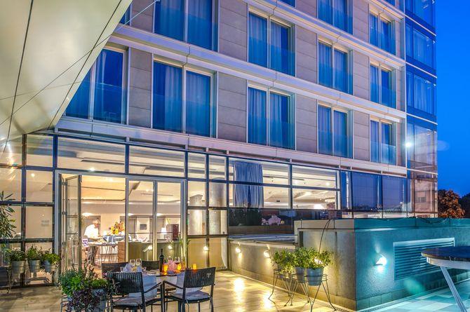Hotel Zira, Belgrade