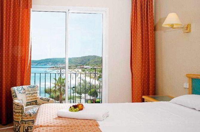 Sol Menorca, Menorca