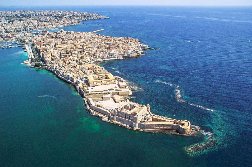 Blick auf die Insel Ortigia