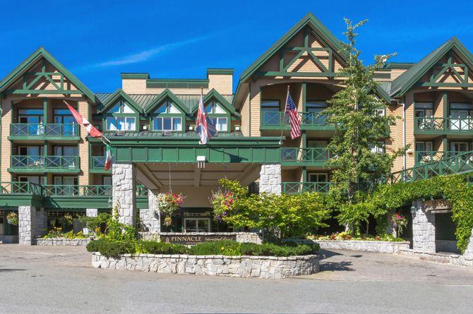 Pinnacle Hotel Whistler, Whistler