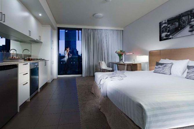 Fraser Place Melbourne, Melbourne