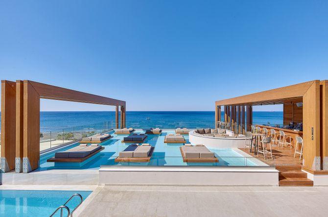 Enorme Santanna Beach Hotel, Kreta