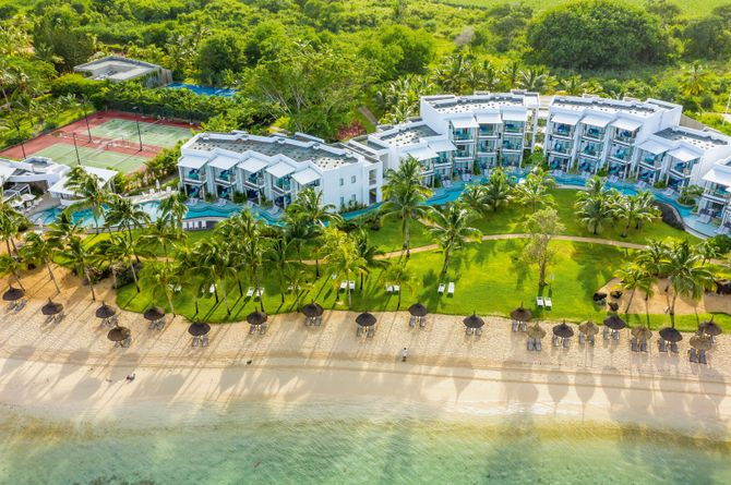 Victoria Beachcomber Resort for 2, Maurice