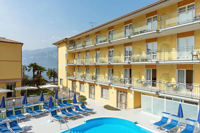 Hotel Drago, Garda & environs