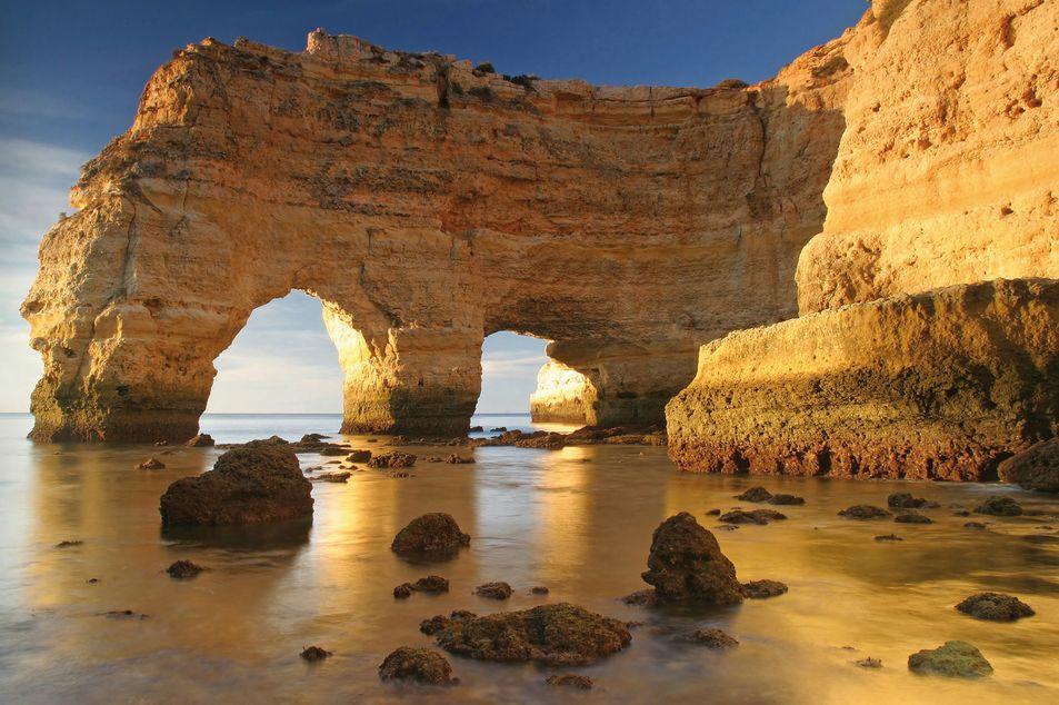 Rochers à Praia da Marinha, Algarve