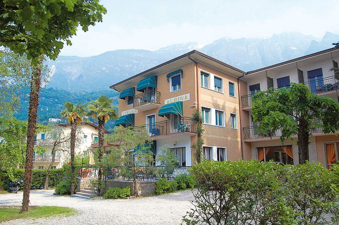 Stella Alpina, Garda & environs