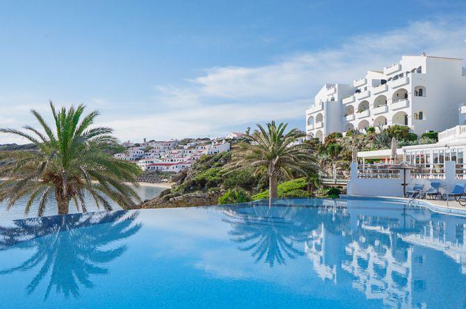White Sands Beach Club, Menorca