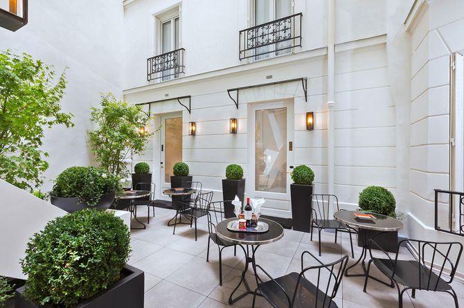 Hôtel Balmoral Champs-Elysées, Paris