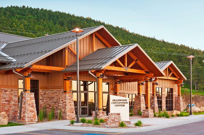 The Lodge at Deadwood, Deadwood