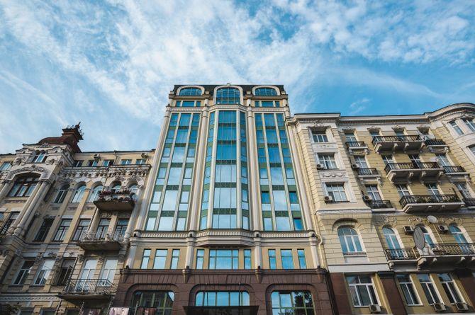 11 Mirrors, Kiev