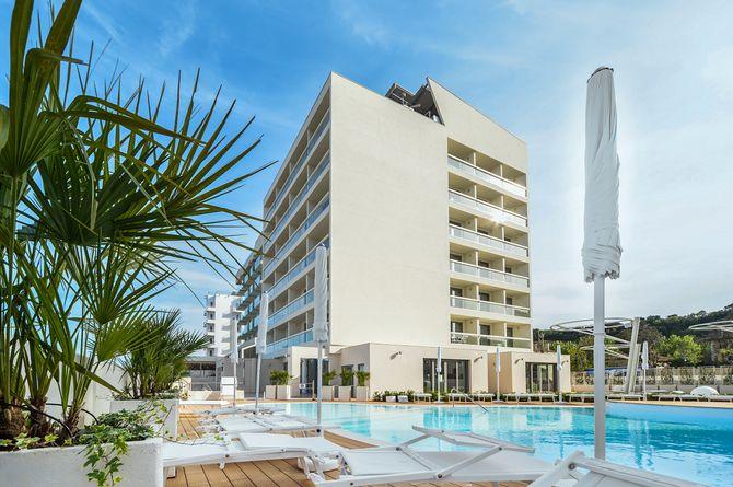 Nautilus Family Hotel, Rimini & ses environs