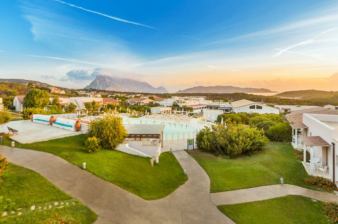 Grande Baia Resort - Hotel, Nordsardinien (ohne Costa Smeralda)