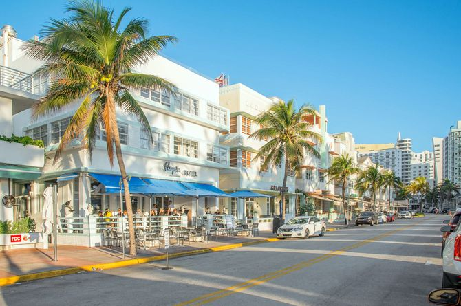 Penguin Hotel, Miami