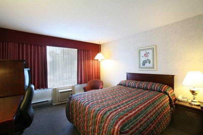 Sandman Hotel & Suites Kelowna, Kelowna