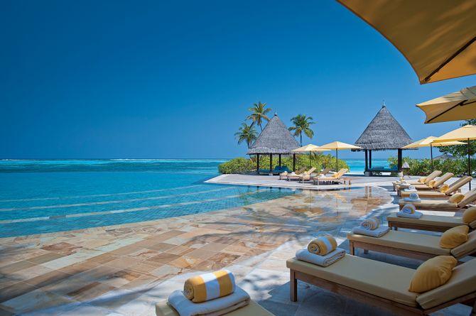 Four Seasons Kuda Huraa Resort, Maldives