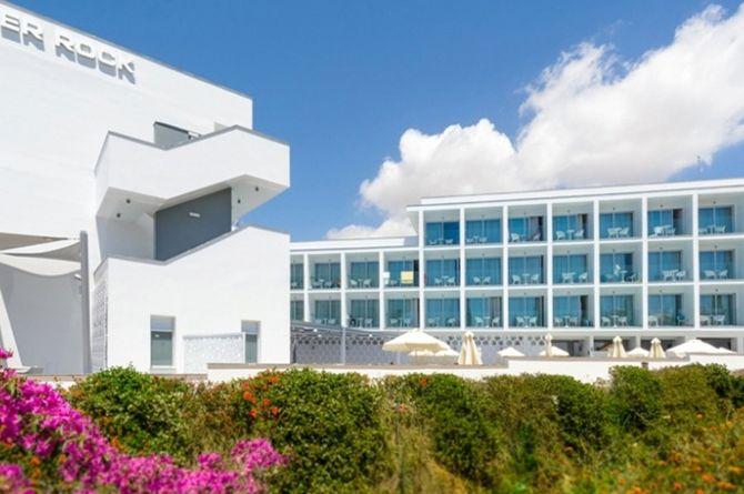 River Rock Hotel, Chypre