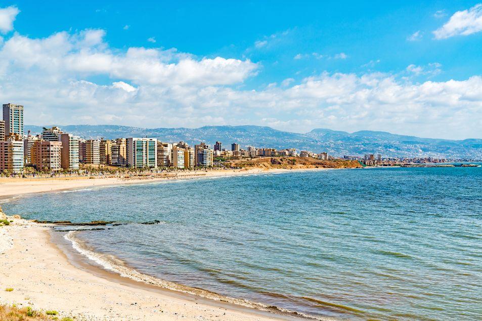 Skyline und Küste von Beirut