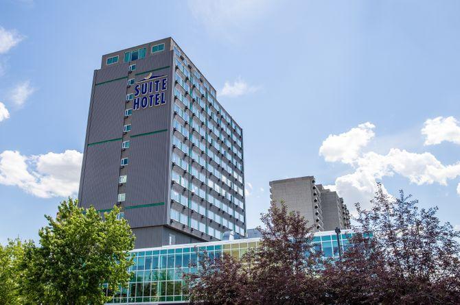 Campus Tower Suite Hotel, Edmonton