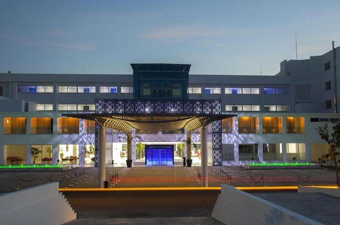 King Evelthon Beach Hotel & Resort, Zypern