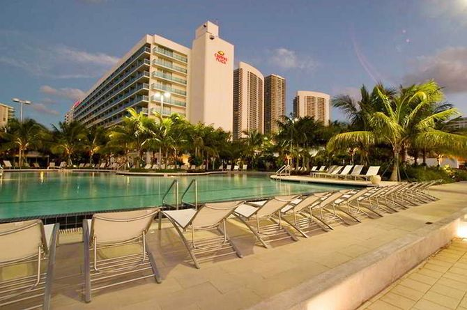Crowne Plaza Hollywood Beach, Fort Lauderdale