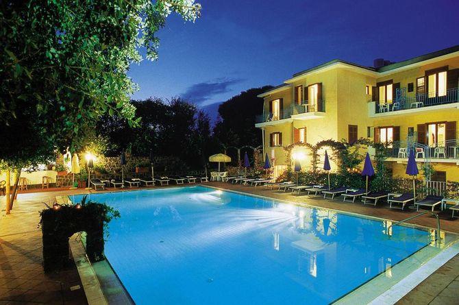 Hôtel Cleopatra, Golfe de Naples