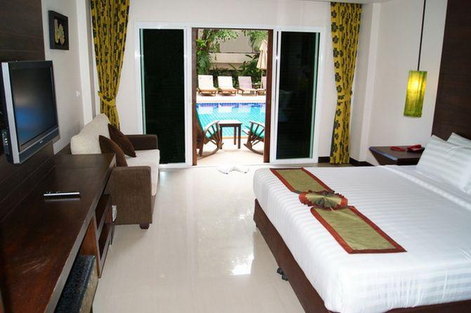 Thanthip Beach Resort, Phuket